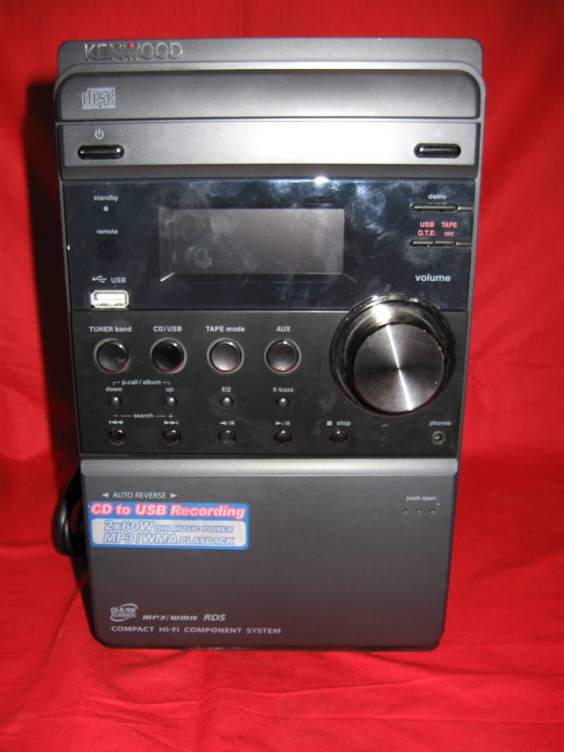 Kenwood rxd m505usb hi fi con radio cd tape aux in e for Radio con chiavetta usb
